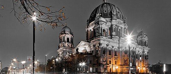 Cheap flight to BERLIN